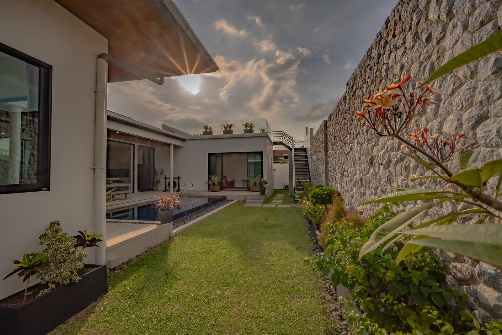 Modern Bright 4 Bedroom Pool Villa With Garden in Cherngtalay, Phuket for Sale
