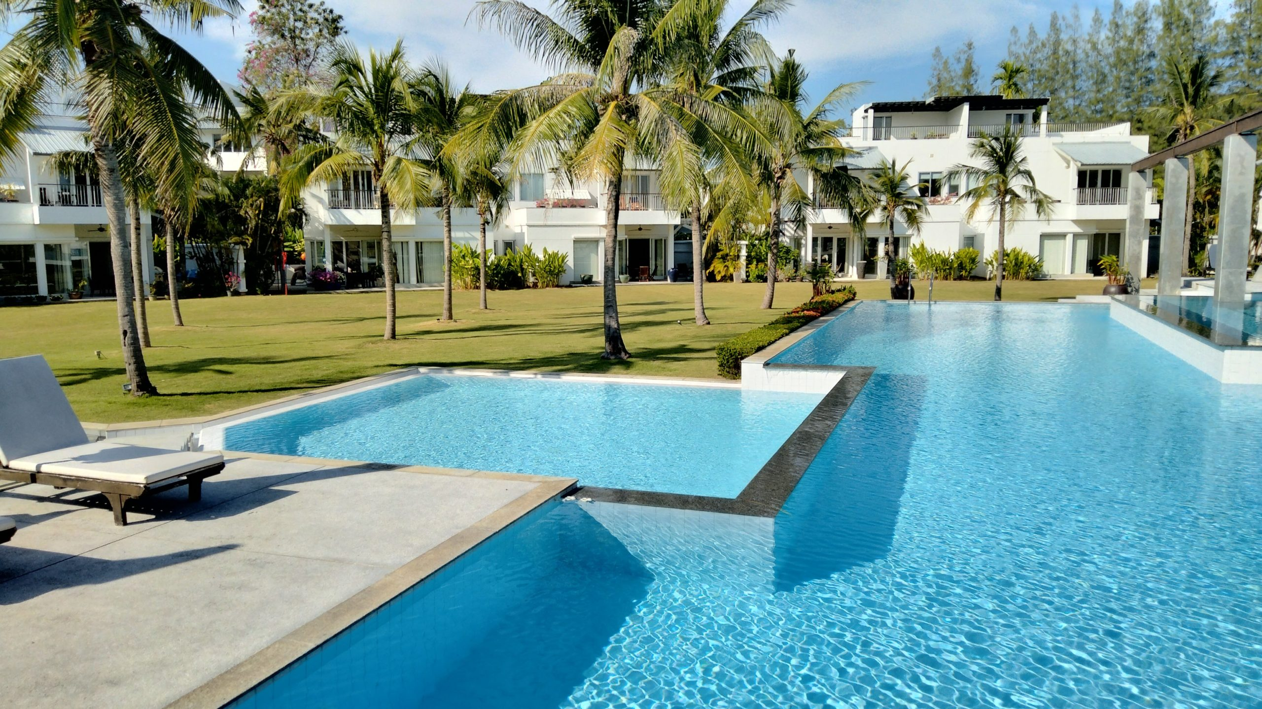 Modern Tropical Pool Villa with Unique Facilities in Phuket