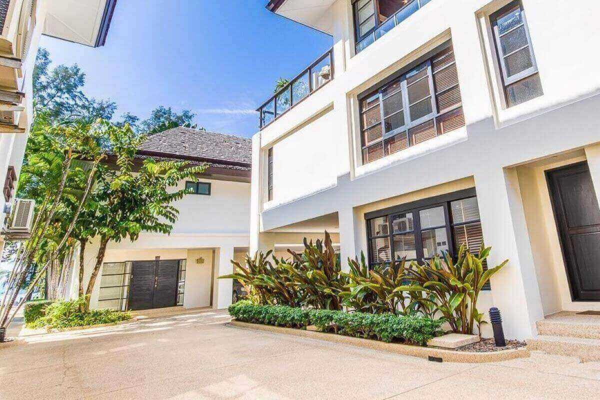BCN waterfront 4 Bed Town House with and sea view Phuket Thailand (11)