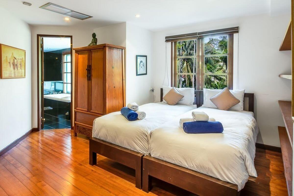 BCN waterfront 4 Bed Town House with and sea view Phuket Thailand (7)