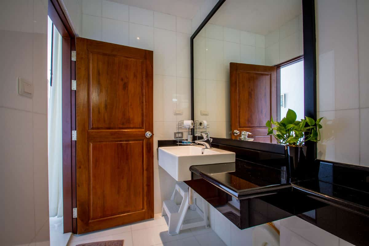 Beachfront-Freehold-Condo-3-Beds-For-Sale-Phuket-Asia360-10