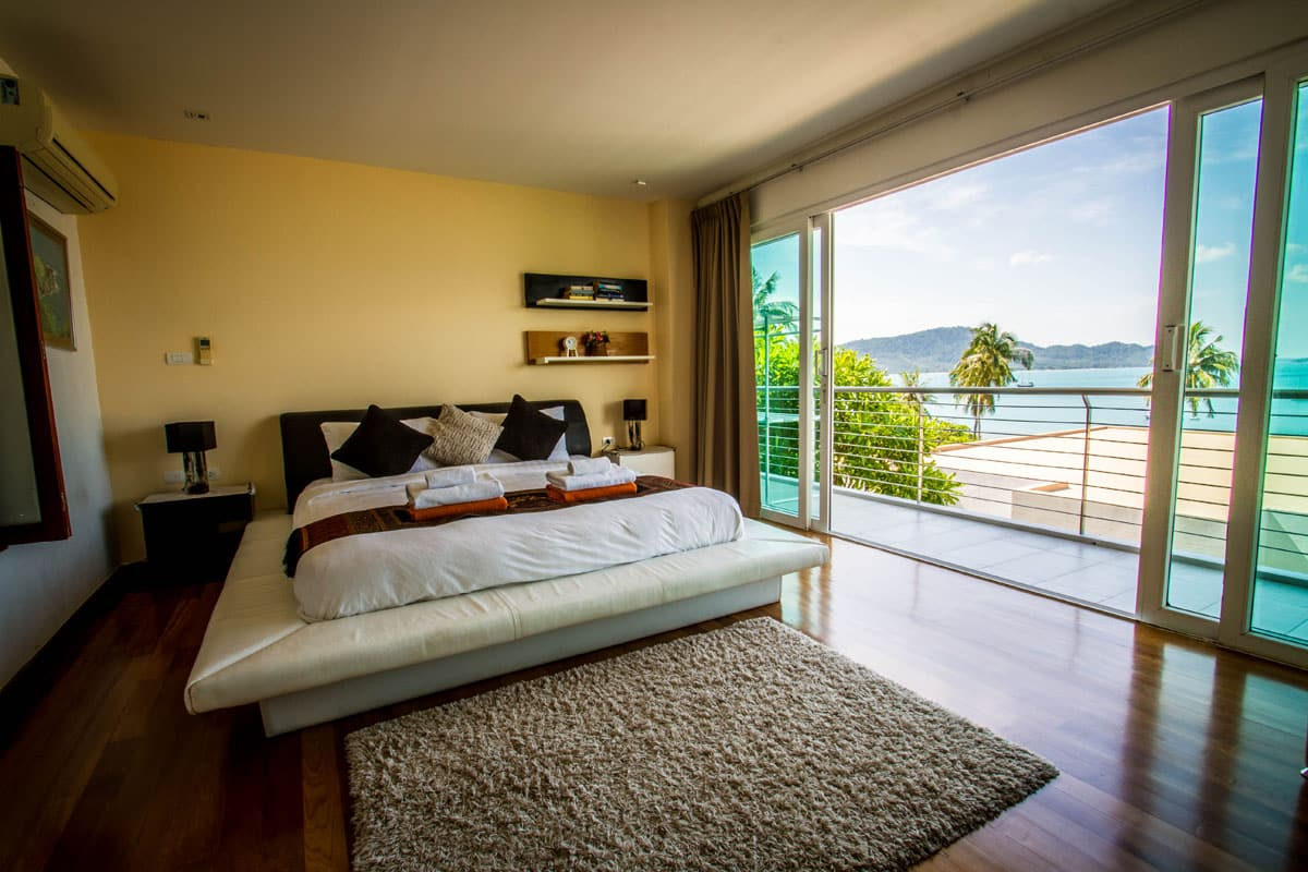 Beachfront-Freehold-Condo-3-Beds-For-Sale-Phuket-Asia360-15